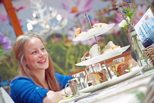 boek een gezellige high tea bij tuincentrum Leurs nabij Roermond