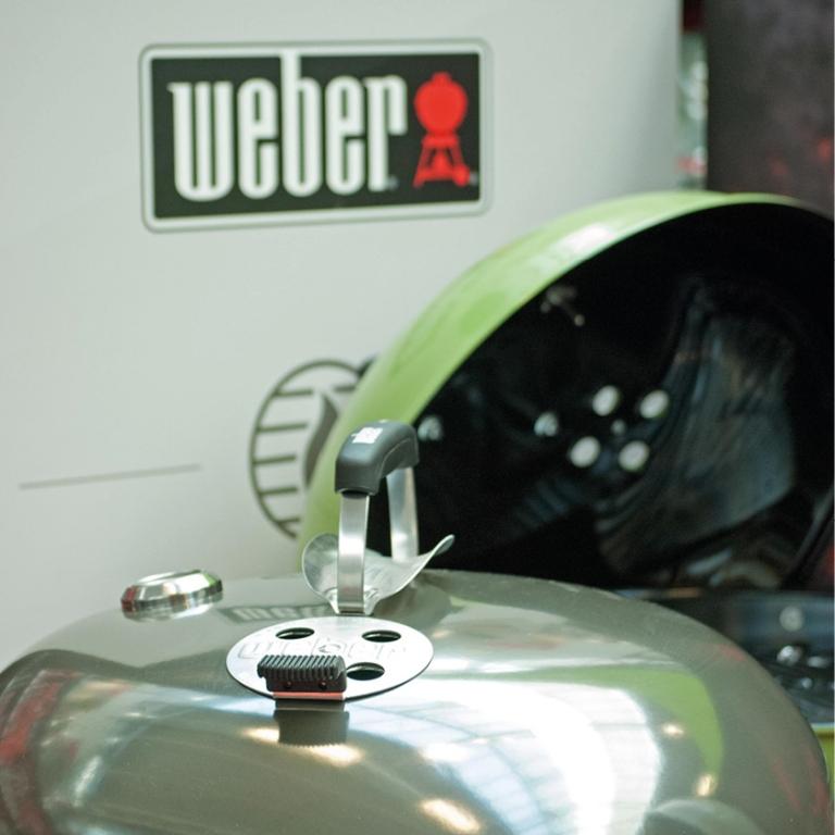 Weber bbq kopen bij tuincentrum Leurs de enige Weber barbecue dealer in Limburg